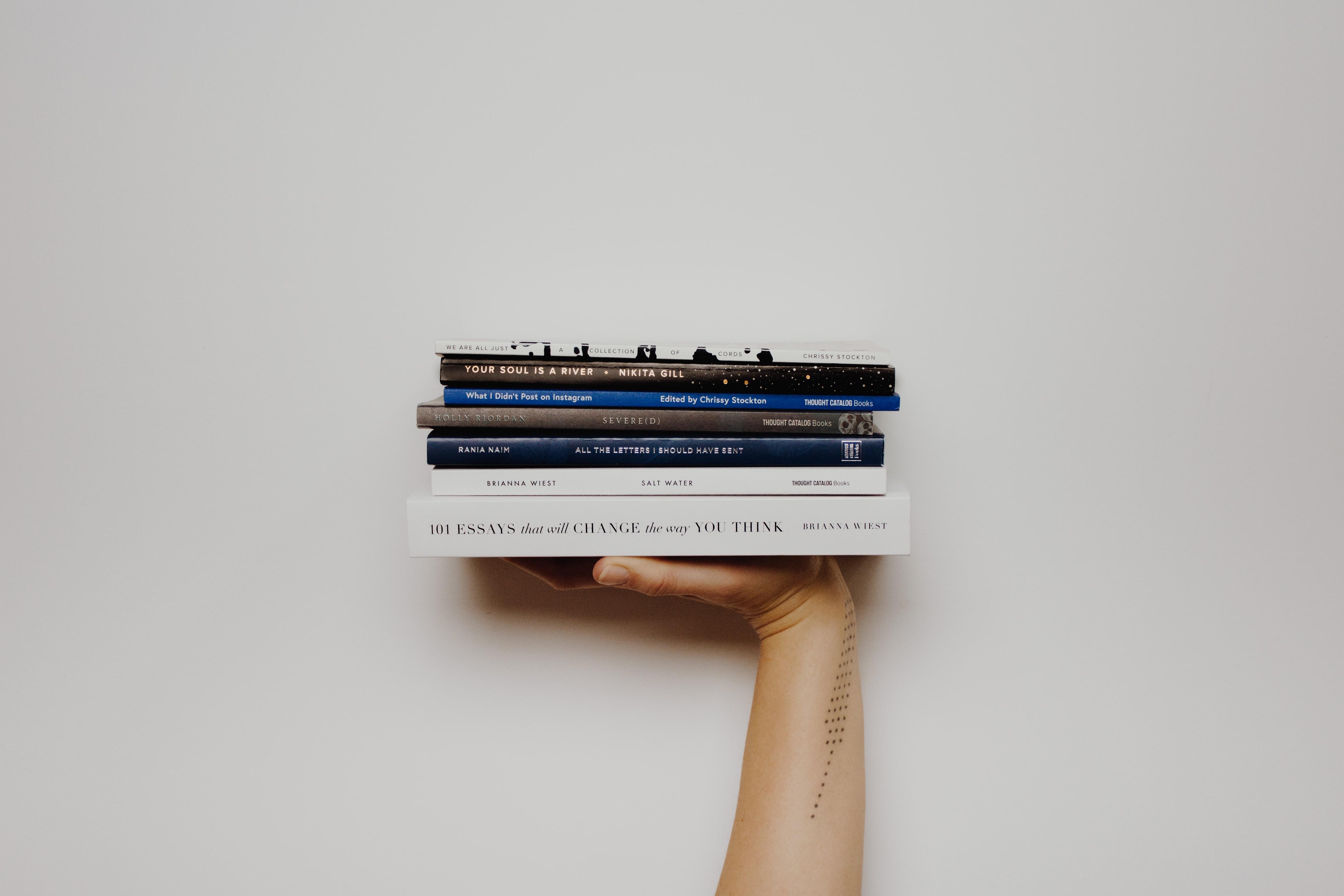Pubblicare un libro – 1. Meglio il Self-publishing oppure 2. Crowdfunding?